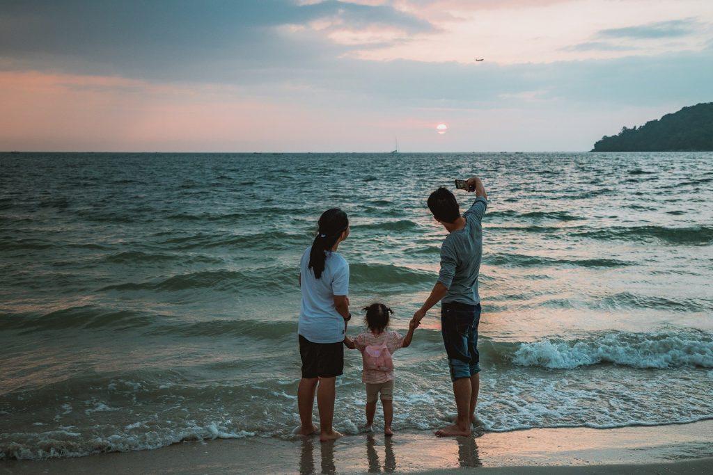 Wakacje z dziećmi - sposoby na spędzenie rodzinnego urlopu | AtrakcjeNaWakacje.pl