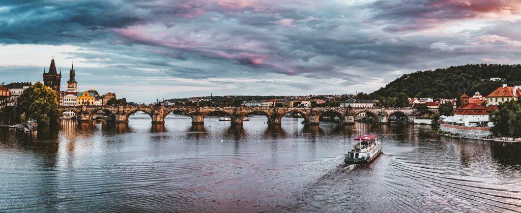 Praga. Weekendowy wypad do stolicy Czech | AtrakcjeNaWakacje.pl