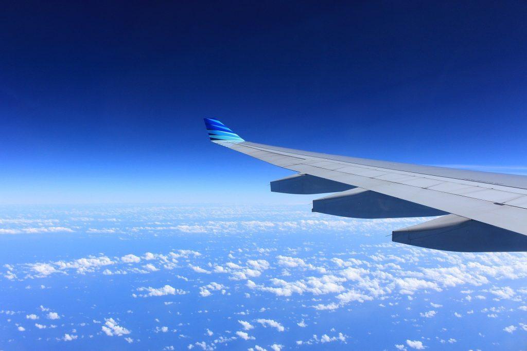 Lot czarterowy a lot rejsowy: czym się różnią?   AtrakcjeNaWakacje.pl